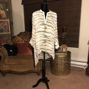 Chicos a symmetrical blouse
